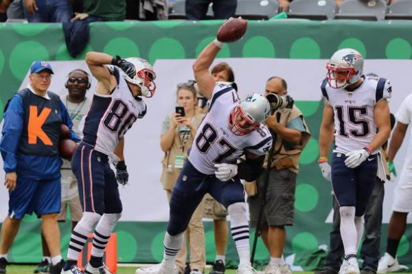 gronk spike jets
