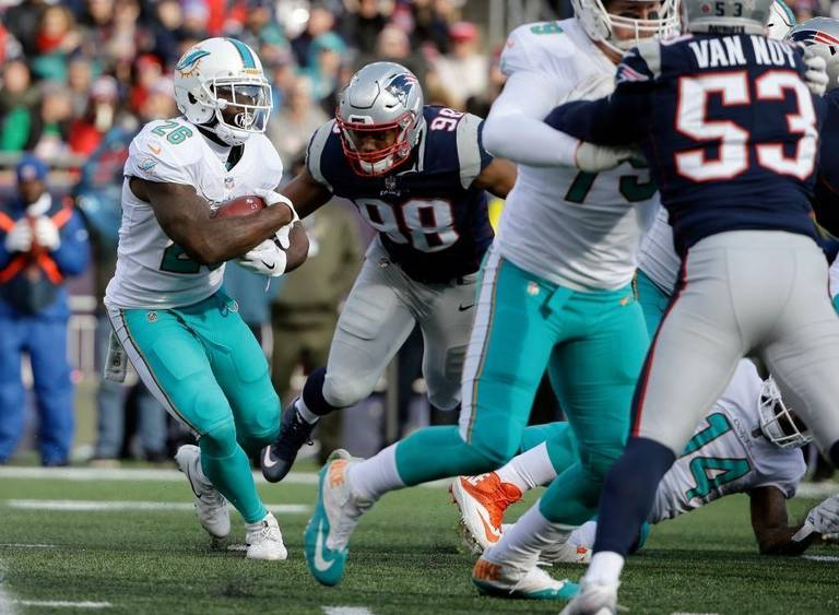 trey flowers vs miami