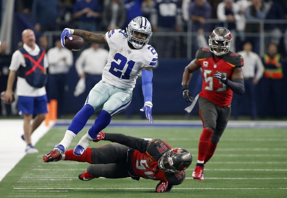 zeke playoffs.jpg